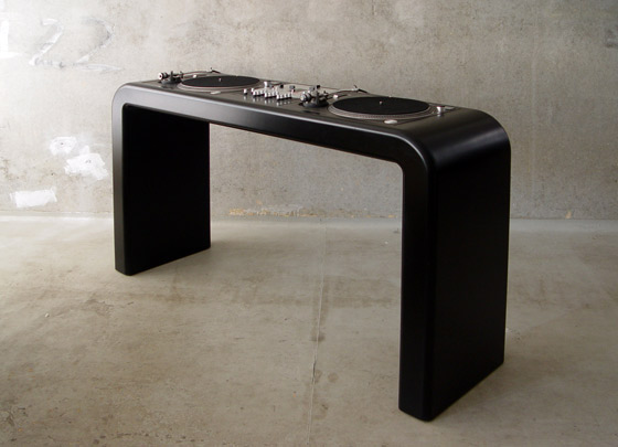 Perfect Custom DJ Table 560 x 405 · 46 kB · jpeg